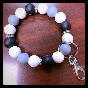 Silicone beaded key chain bracelet.